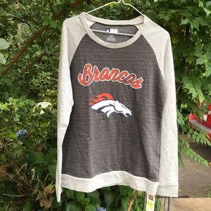 NWT NFL Denver Broncos Two Tone Gray Sweat Shirt M